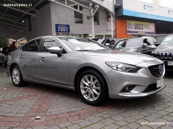 Mazda 6 2.0 6V año 2015