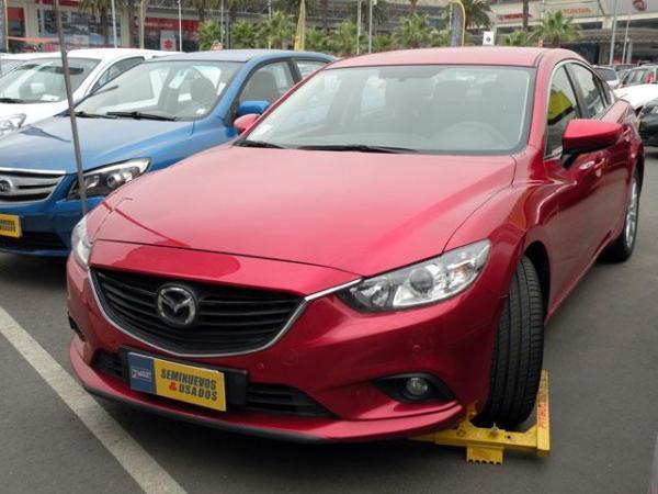 Mazda 6 6 V 2.0 año 2015