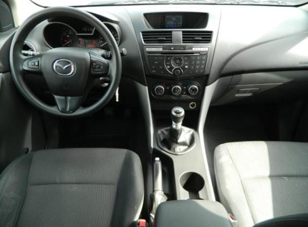 Mazda BT-50 SDX año 2013