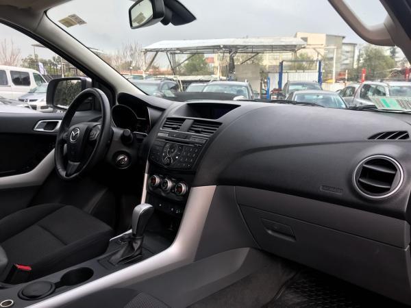 Mazda BT-50 3.2 DSL SDX Auto Hi Rider año 2015