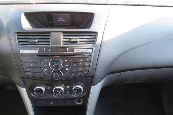 Mazda BT-50 SDX año 2015