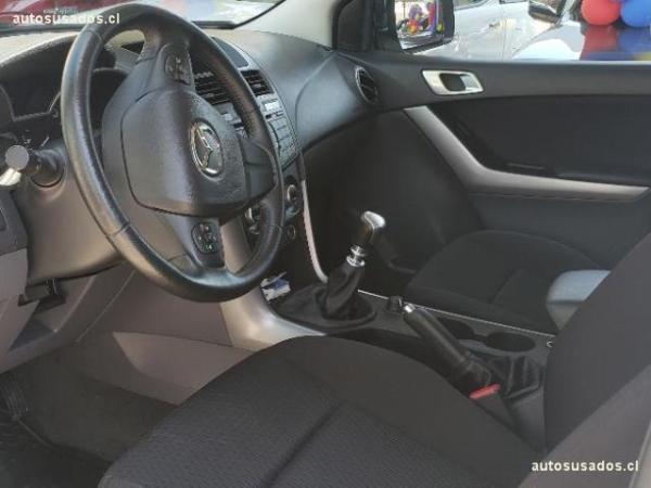 Mazda BT-50 2.2 L 4X4 SDX año 2018