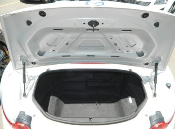 Mazda MX5 MX-5 AT año 2017