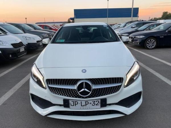 Mercedes-Benz 200 A200 año 2017