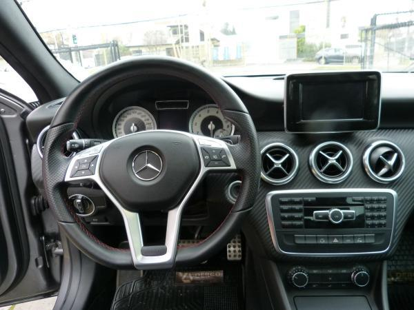 Mercedes-Benz A200 BLUEEFFICIENCY AT año 2013