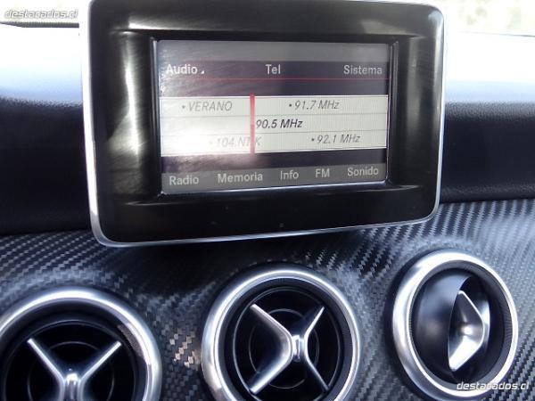 Mercedes-Benz A200 AMG . año 2014