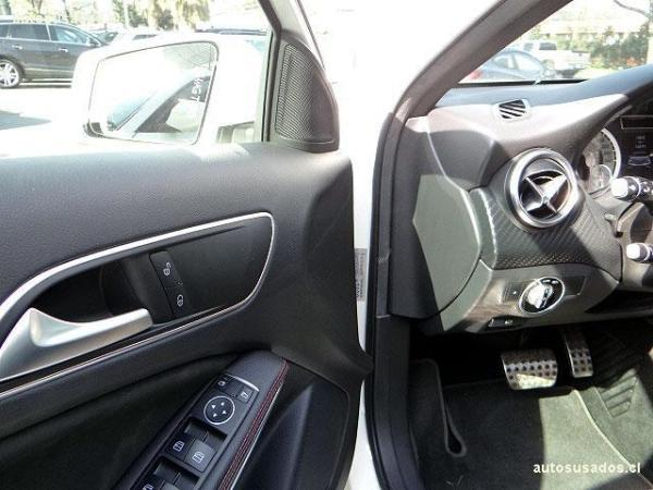 Mercedes-Benz A200 CDI TURBO año 2015