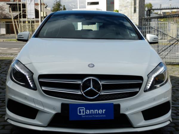 Mercedes-Benz A200 BLUEEFFICIENCY MT año 2015