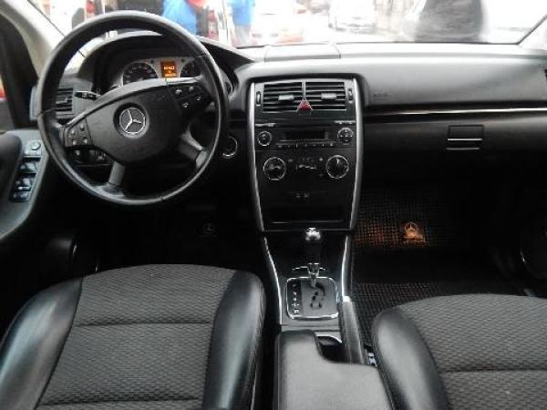 Mercedes-Benz B Clase año 2011