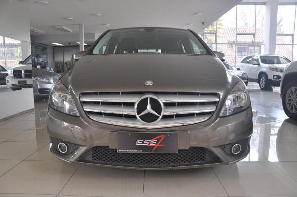 Mercedes-Benz B180 1.6 Blue Efficiency año 2013