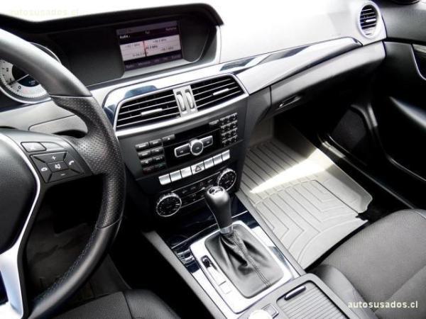 Mercedes-Benz C180 Blueefficiency Coupe Spor año 2013