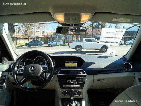 Mercedes-Benz C180 CGI 1.8 año 2013