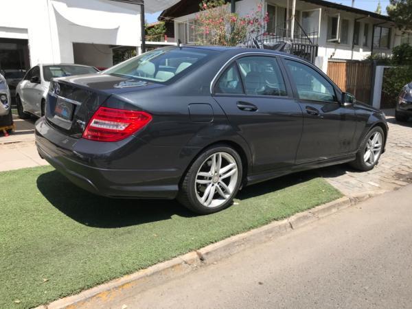 Mercedes-Benz C180 BLUE EFFICENCY LTD año 2014
