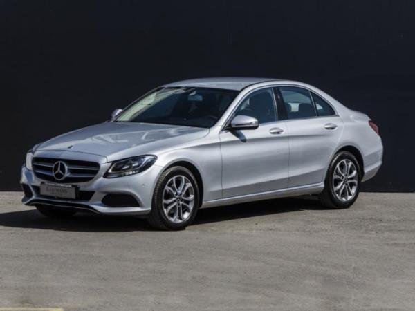 Mercedes-Benz C180  año 2018