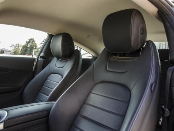 Mercedes-Benz C200 COUPE año 2019