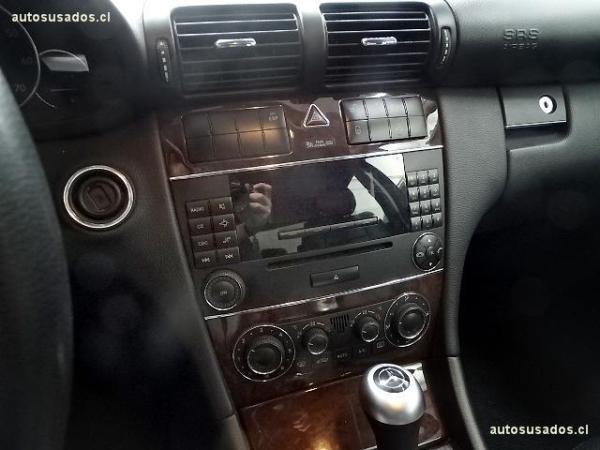 Mercedes-Benz C230 SEDAN 2.5 año 2008