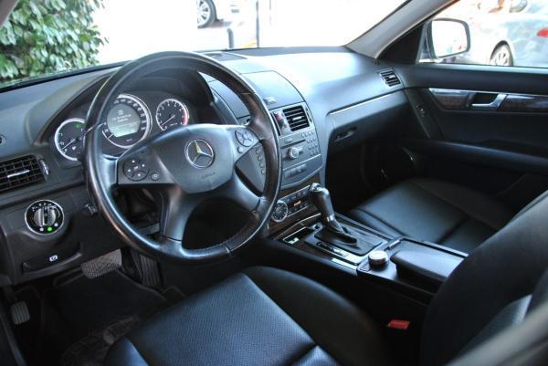 Mercedes-Benz C230 C 230 año 2010
