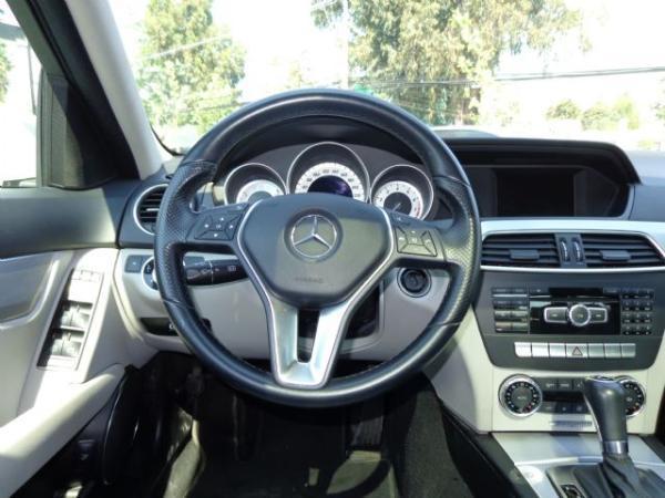 Mercedes-Benz C250 CGI BLUE EFFICIENCY año 2012