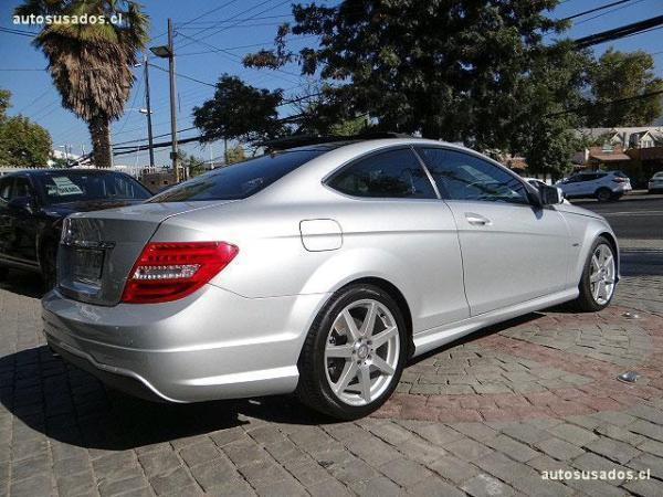 Mercedes-Benz C250 C250 COUPE AMG año 2012