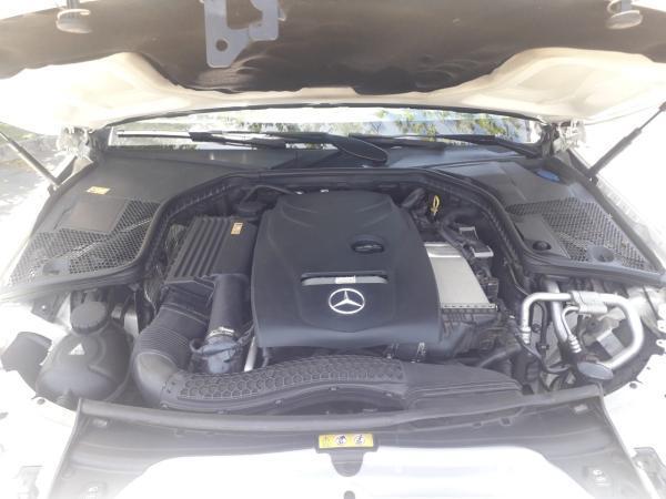 Mercedes-Benz C300 2.0 año 2016