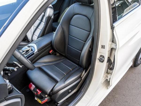 Mercedes-Benz C300  año 2019