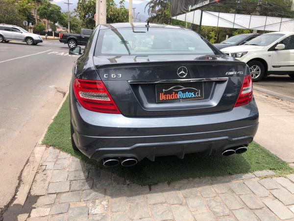 Mercedes-Benz C63 coupe año 2014