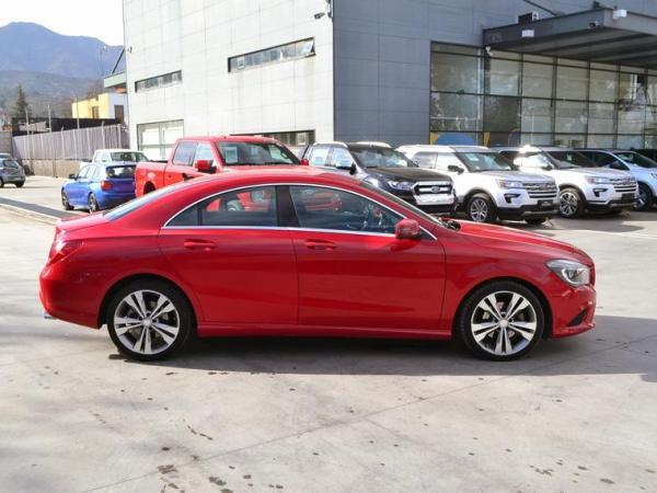 Mercedes-Benz CLA CLA 200 año 2013