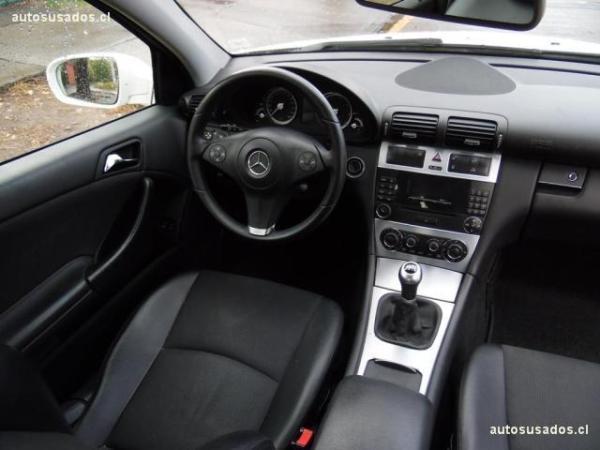 Mercedes-Benz CLC200 1.8 año 2010