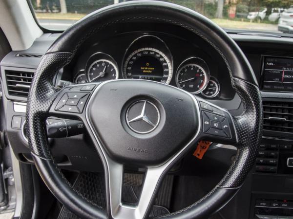 Mercedes-Benz E200 2.0 TURBO año 2013