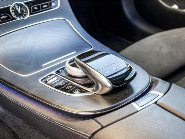 Mercedes-Benz E200 COUPE año 2018