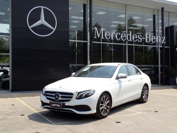Mercedes-Benz E220 194 HP 9 MARCHAS año 2017