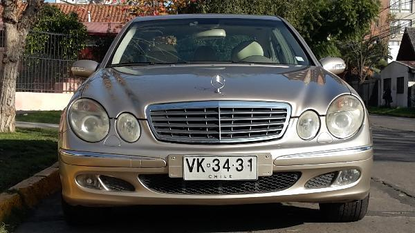 Mercedes-Benz E240 2.6 año 2003