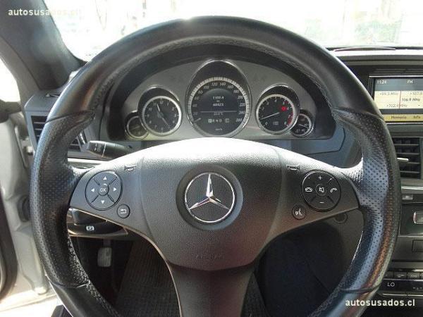 Mercedes-Benz E250 CGI COUPE año 2011