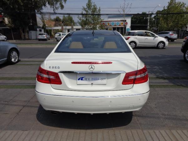 Mercedes-Benz E250  año 2012