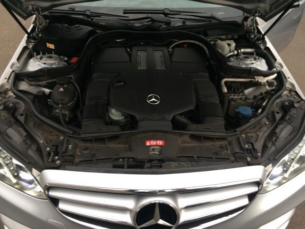 Mercedes-Benz E400 AVANTGARDE año 2014