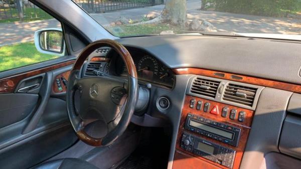 Mercedes-Benz E430 E430 año 2000