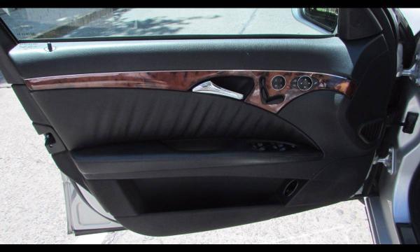 Mercedes-Benz E500 E 500 ELEGANCE año 2003