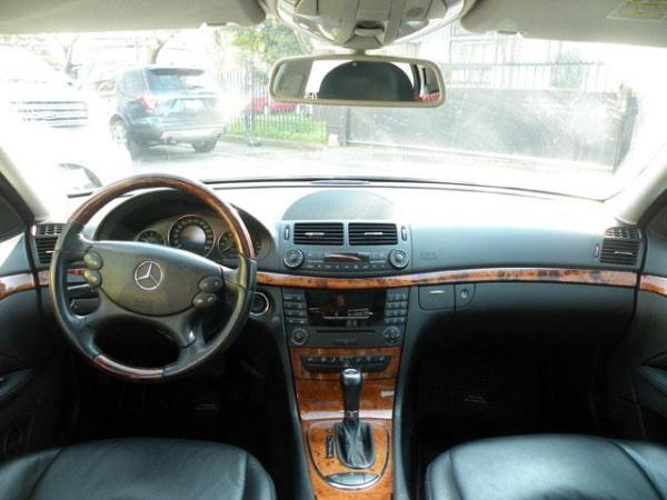 Mercedes-Benz E500 E500 5.5 año 2009