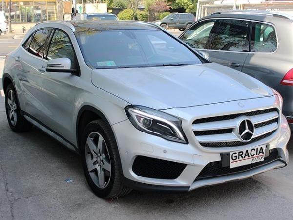 Mercedes-Benz GLA d 4MATIC año 2017