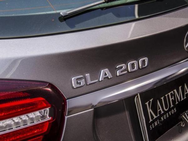 Mercedes-Benz GLA  año 2018