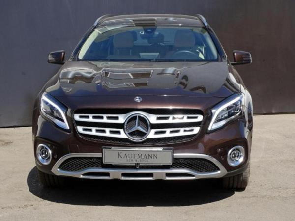 Mercedes-Benz GLA D año 2018