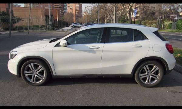 Mercedes-Benz GLA200 GLA 200 1.6 TURBO año 2014
