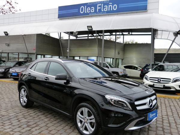 Mercedes-Benz GLA200 1.6 AT año 2017