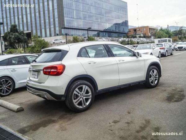 Mercedes-Benz GLA200  año 2017