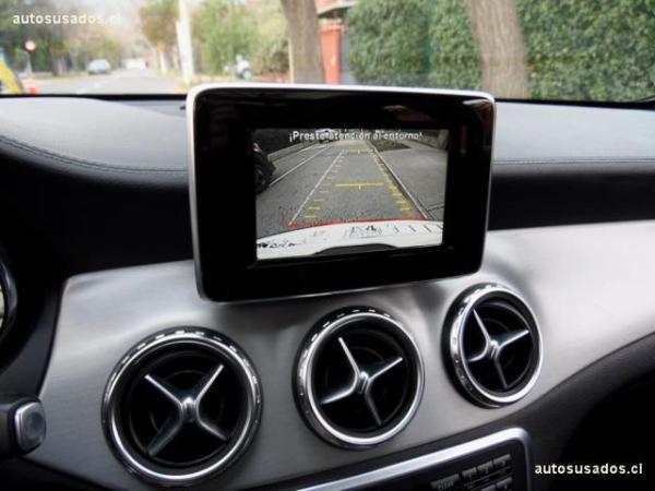 Mercedes-Benz GLA250 4Matic 2.0 año 2014