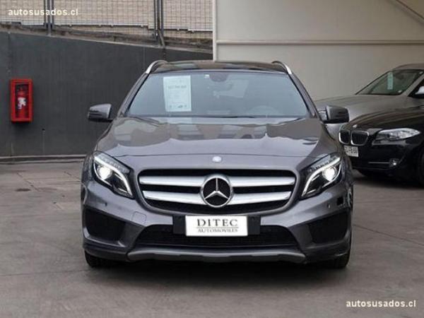 Mercedes-Benz GLA250  año 2015