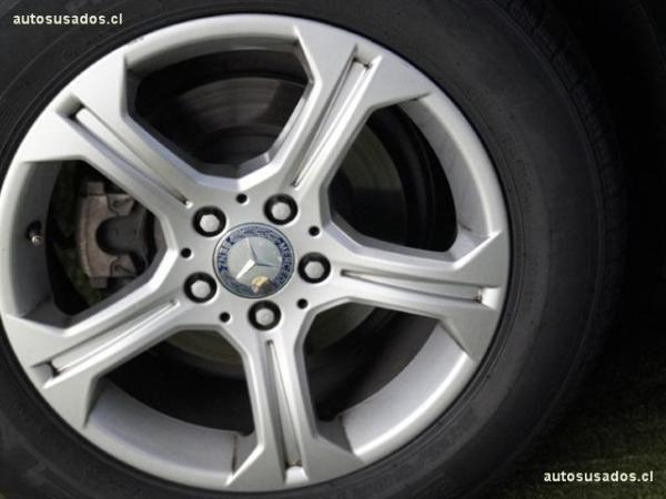 Mercedes-Benz GLK 4MATIC año 2013