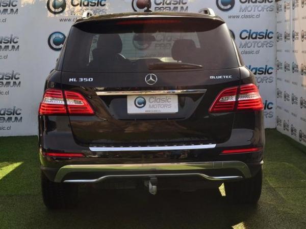 Mercedes-Benz ML  año 2013
