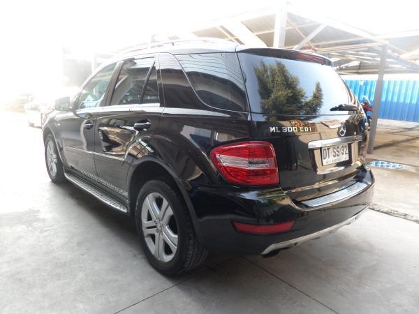 Mercedes benz ml 300 cdi blue effiency a o 2012 for Mercedes benz ml 300
