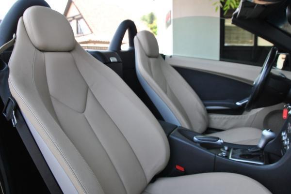 Mercedes-Benz SLK CONVERTIBLE año 2008